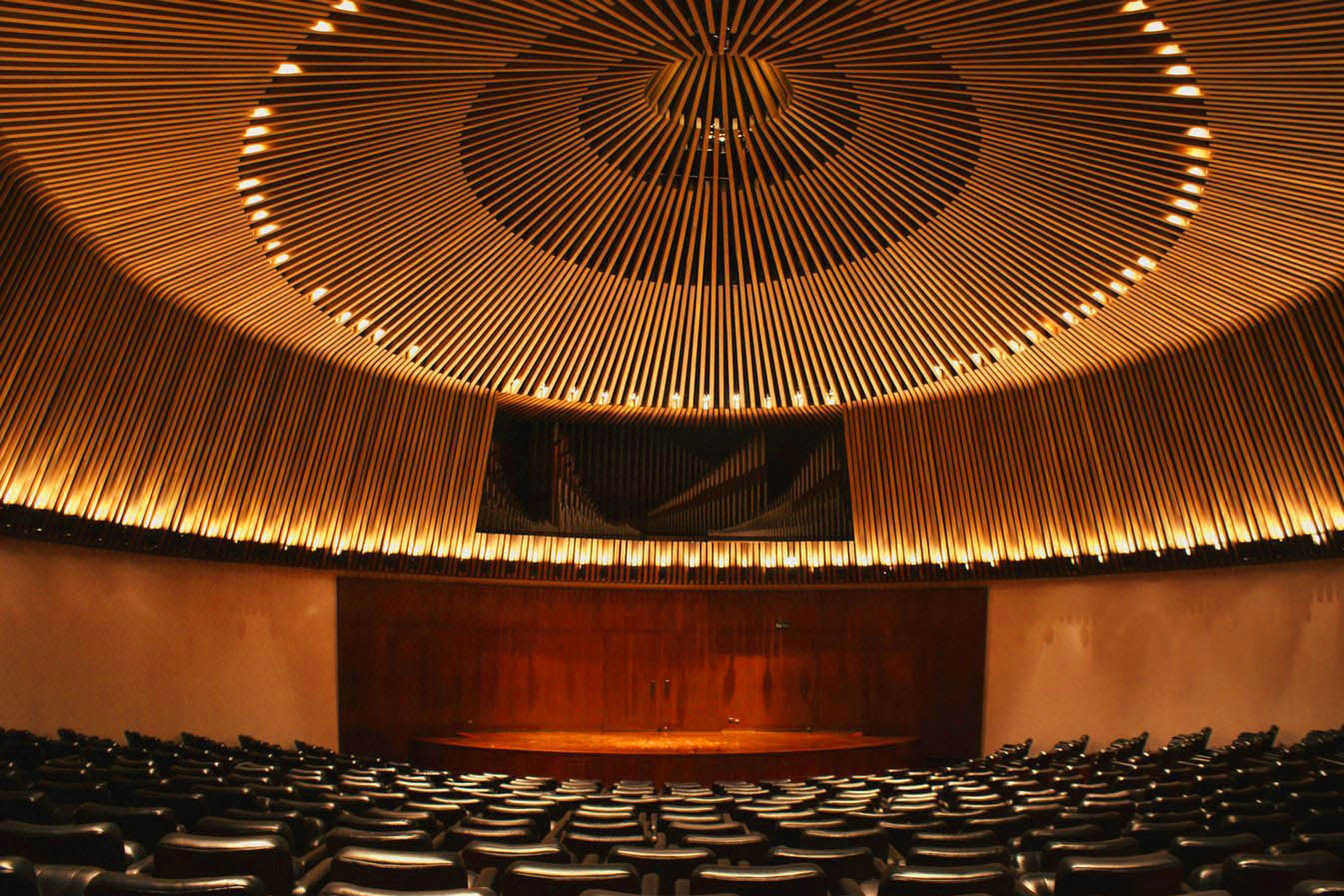 Optina Pustyn male choir. Sala de conciertos de la biblioteca luis angel arango. Bogota